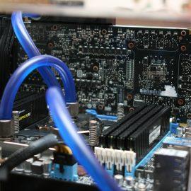 motherboard-386669